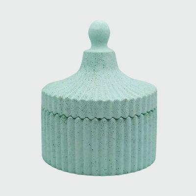 Cajita pequeña decorativa color verde hecha en cemento